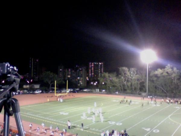 McKinley's homecoming game is underway. Kahuku is visiting. (Paul Honda / Star-Advertiser)
