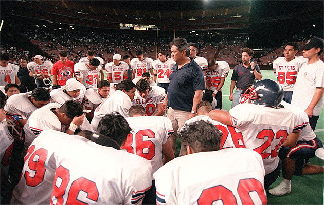 Cal Lee won 13 straight Oahu Prep Bowls and one state championship from 1986 to 1999.
