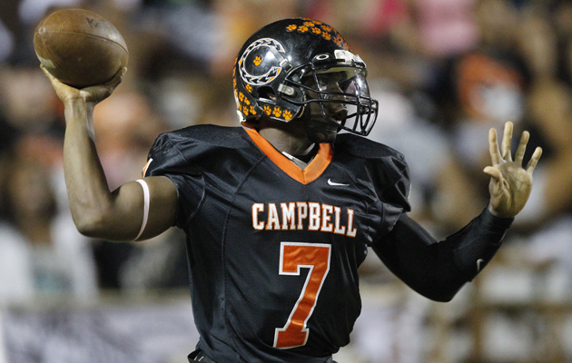 Isaac Hurd has thrown for 1,656 yards for Campbell this season. (Krystle Marcellus / Star-Advertiser)