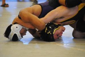 Pearl City's Alex Ursua, the top seed at 126 pounds, needed everything he had to get past Mililani's Isaac Diamond in the semifinals.