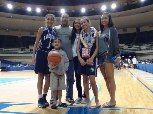 Casey Poe and family. (Paul Honda / Star-Advertiser)